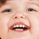 Denti da latte: le regoledei dentisti per proteggereil sorriso dei più piccoli